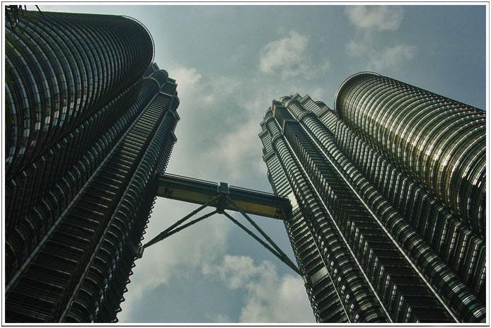 Petronas Twin Towers ..