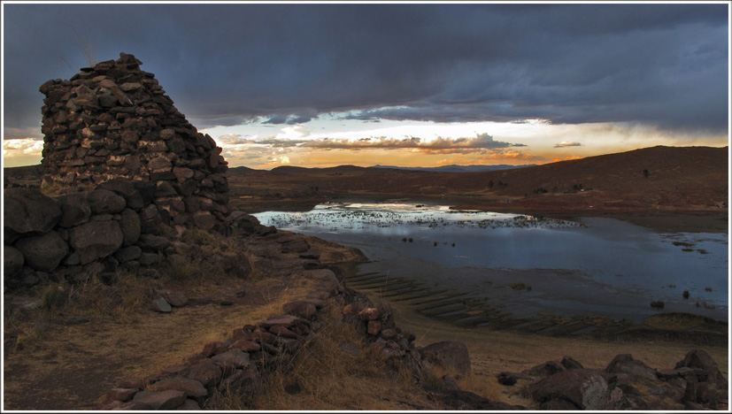 The mysterious Chullpas at Sillustani ..